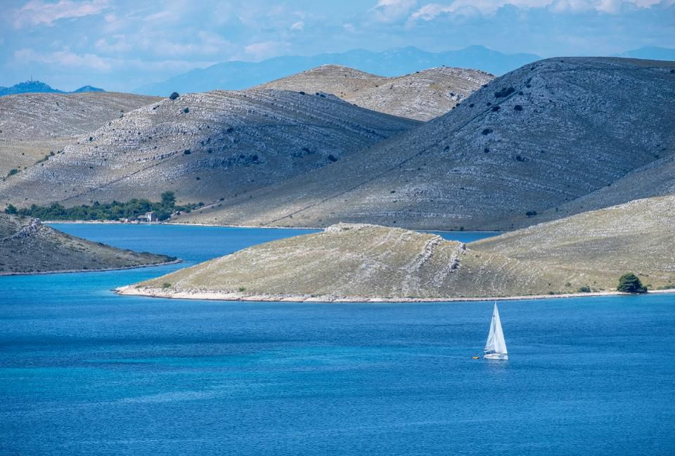 yacht charter sailing holiday destinations croatia 4
