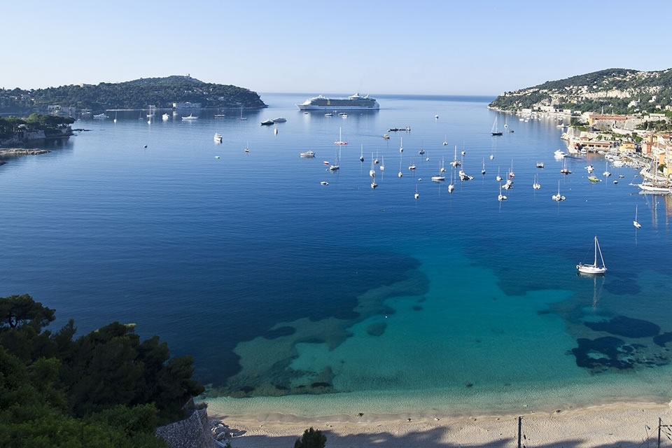 france yacht chater sailing holiday destinations riviera