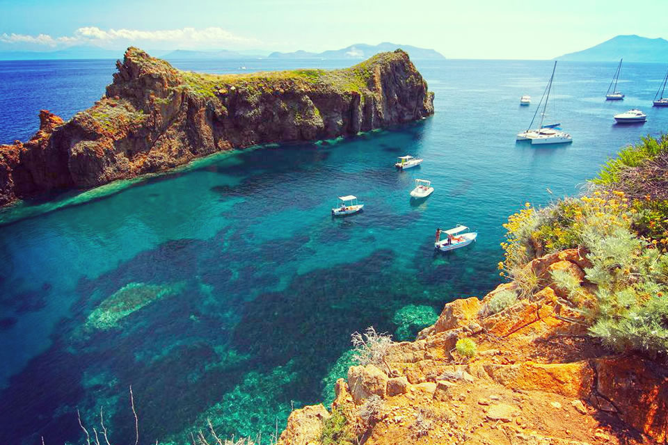italy yacht charter sailing holiday destinations sicily