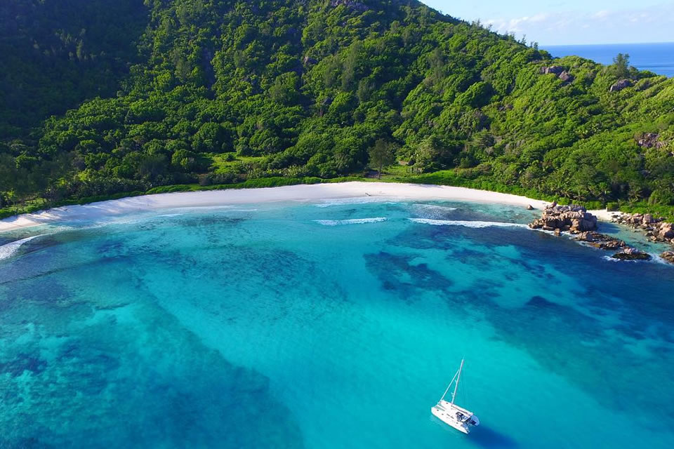 yacht charter sailing holiday destinations seychelles